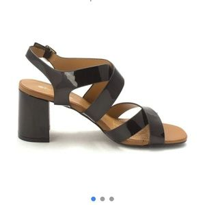 Spring Step Patricia  sandals size 9 patent